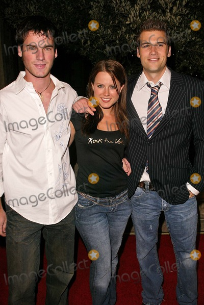 Allison Munn Photo - Allison Munn and Nick Zano At Rock The Vote Warner Bros Studios Burbank CA 09-29-04
