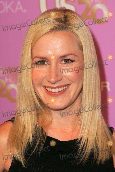 Angela Kinsey Photo - Angela KinseyAt US Weeklys Young Hollywood Hot 20 party LAX Hollywood CA 09-16-05