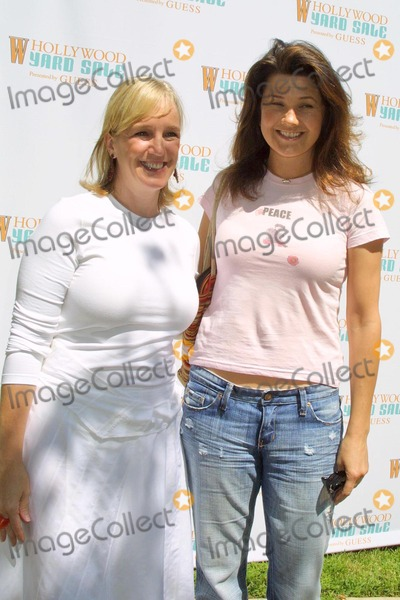 Alyce Alston Photo - Alyce Alston and Daphne Zuniga at W Magazines Hollywood Yard Sale at a private residence Los Angeles CA 09-12-04