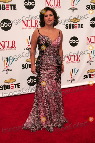 Angelica Vale Photo - Angelica Valeat the 2007 Alma Awards Pasadena Civic Auditorium Pasadena CA 06-01-07
