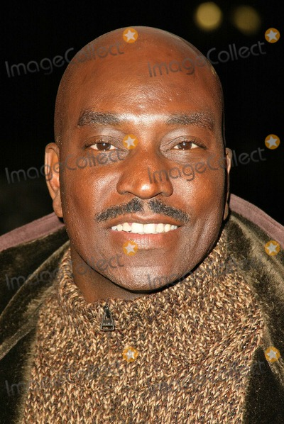 Clifton Powell Photo - Clifton Powell at the Worldwide Premiere of MGMs Beauty Shop at the Mann National Theater Westwood CA 03-24-05