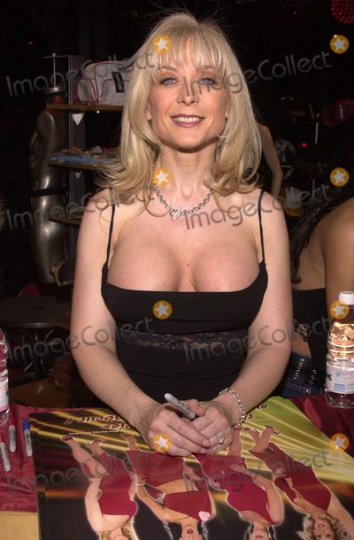 Nina Hartley Photo - Nina Hartley at the Post-Valentines Party thrown by Adam  Eve Productions Hustler Store Hollywood 02-21-02