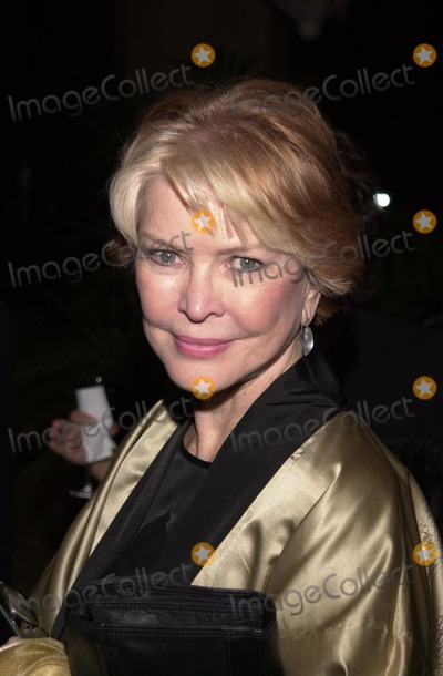 Genesis Photo - Ellen Burstyn at the 2002 Genesis Awards presented by the Ark Trust honoring media who have spotlighted important animal issues  Beverly Hilton Hotel 03-16-02