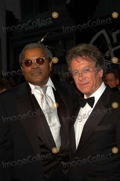 Michael Cole Photo - Clarence Williams III and Michael Cole at ABCs 50th Anniversary Celebration Pantages Theater Hollywood CA 03-16-03
