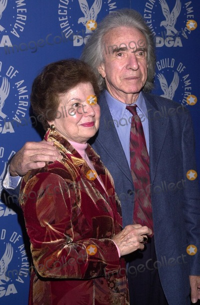 Arthur Hiller Photo - Arthur Hiller and wife at the Directors Guild of Americas celebration of the life and career of George Sidney Directors Guild of America Los Angeles CA 10-03-02