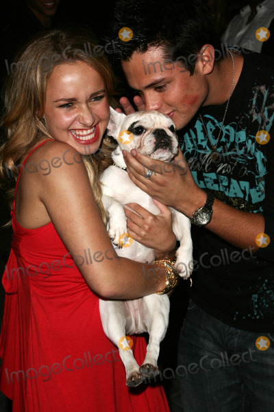 Hayden Panettiere Photo - Hayden Panettiere and friendat the Teen Vogue Young Hollywood Party Sunset Tower Hollywood CA 09-20-06