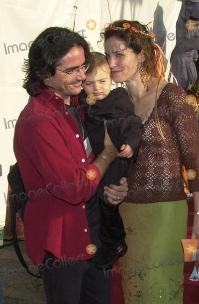 Amy Brenneman Photo - Amy Brenneman with husband Brad Silberling and daughter Charlotte Tucker