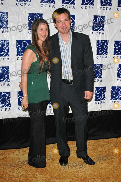 Amanda Anka Photo - Jason Bateman and wife Amanda Anka at the 6th Annual Lullabies  Luxuries Luncheon and fashion Show to Benefit Caring for Children  Families With AIDS Regent Beverly Wilshire Beverly Hills CA 10-24-04