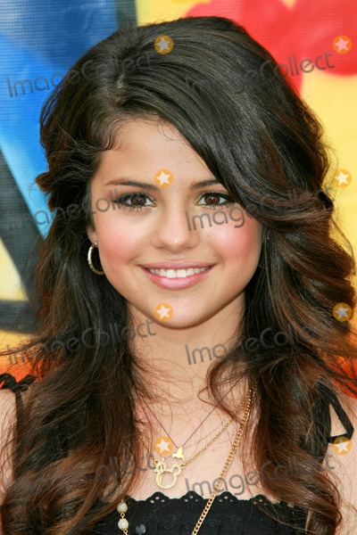 Selena Gomez Photo - Selena Gomezat the 2007 Teen Choice Awards Gibson Amphitheater Universal City CA 08-26-07