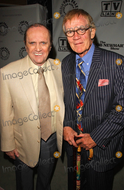 Bob Newhart Photo - Bob Newhart and Jack Rileyat TV Lands Celebration for the 35th Anniversary of THE BOB NEWHART SHOW The Paley Center for Media Beverly Hills CA 09-05-07