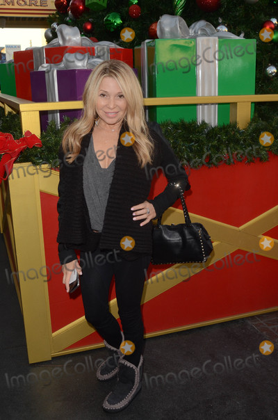 E G Daily Photo - EG Dailyat the Salvation Army Red Kettle Celebrity Kick-Off Event The Grove Los Angeles CA 11-30-17