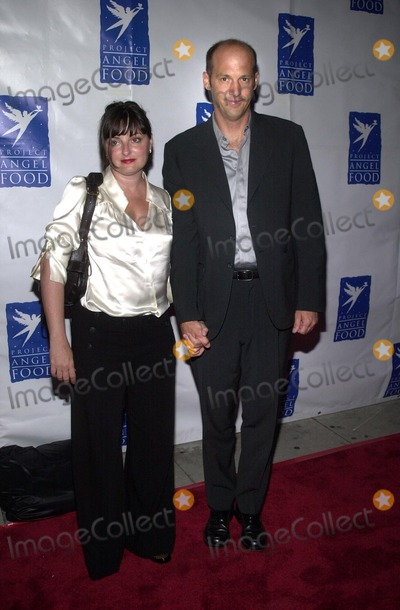 Anthony Edwards Photo - Anthony Edwards and wife at Project Angel Foods Angel Awards 2002 Project Angel Food Los Angeles CA 08-17-02
