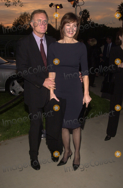 Anne Archer Photo -  Anne Archer and husband Terry Jastrow at the Motion Picture and Television Funds 80th Anniversary MPTF Campus Woodland Hills 10-06-01