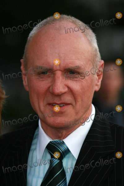 Alan Dale Photo - Alan Dalearriving at The 33rd Annual Peoples Choice Awards Shrine Auditorium Los Angeles CA 01-09-07
