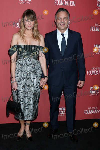 Wallis Annenberg Photo - LOS ANGELES - NOV 7  Sunrise Coigney Mark Ruffalo at the 4th Annual Patron of the Artists Awards at Wallis Annenberg Center for the Performing Arts on November 7 2019 in Beverly Hills CA