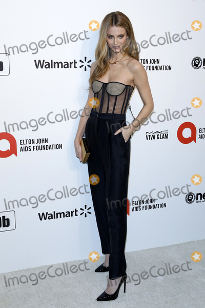 Elton John Photo - LOS ANGELES - FEB 9  Kate Bock at the 28th Elton John Aids Foundation Viewing Party at the West Hollywood Park on February 9 2020 in West Hollywood CA