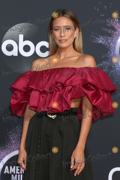 Renee Bargh Photo - LOS ANGELES - NOV 24  Renee Bargh at the 47th American Music Awards - Arrivals at Microsoft Theater on November 24 2019 in Los Angeles CA