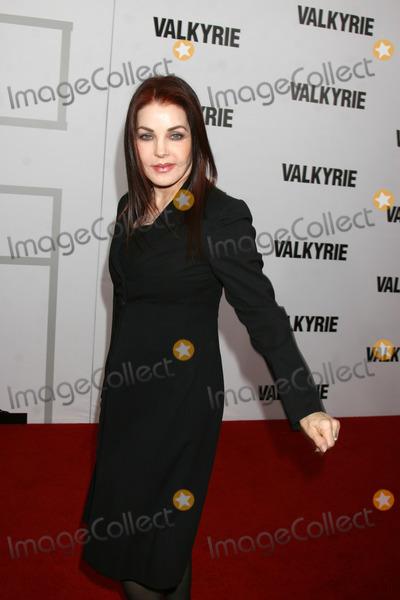 Priscilla Presley Photo - Priscilla Presley  arriving at the LA  Premiere of Valkyrie at the Directors Guild of America Theater in Los Angeles CA on December 18 2008