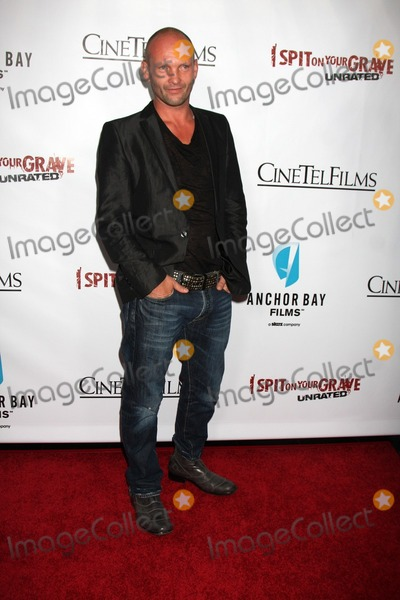 Andrew Howard Photo - LOS ANGELES - SEP 29  Andrew Howard arrives at the I Spit on Your Grave Premiere at Mann Chinese 6 Theaters - Hollywood  Highland on September 29 2010 in Los Angeles CA