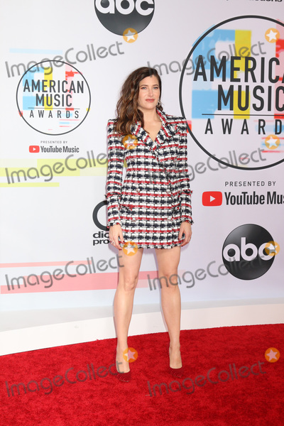 Kathryn Hahn Photo - LOS ANGELES - OCT 9  Kathryn Hahn at the 2018 American Music Awards at the Microsoft Theater on October 9 2018 in Los Angeles CA