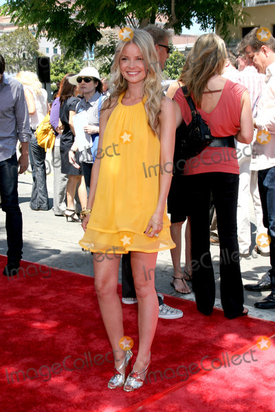 Anita Briem Photo - Anita Briem arriving at the premiere of Journey to the Center of the Earth at the Village Theater in Westwood CA onJune 29 2008