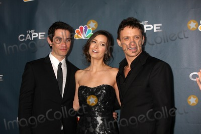 David Lyons Photo - LOS ANGELES - JAN 4  James Frain Summer Glau David Lyons arrives at The Cape Premiere Party at Music Box Theater on January 4 2011 in Los Angeles CA
