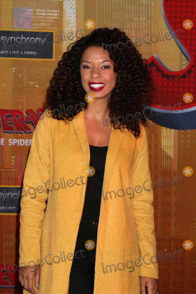Angel Parker Photo - LOS ANGELES - DEC 1  Angel Parker at the Spider-Man  Into the Spider-Verse Premiere at the Village Theater on December 1 2018 in Westwood CA