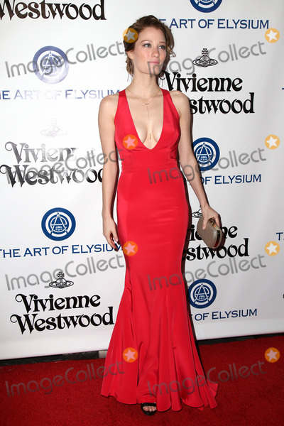 Ashley Hinshaw Photo - vLOS ANGELES - JAN 9  Ashley Hinshaw at the The Art of Elysium Ninth Annual Heaven Gala at the 3LABS on January 9 2016 in Culver City CA