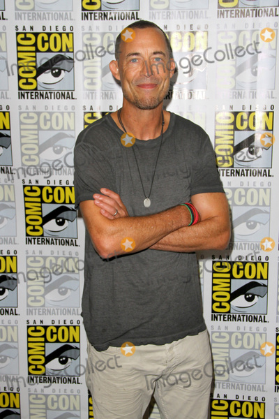 Tom Cavanagh Photo - SAN DIEGO - July 22  Tom Cavanagh  at Comic-Con Saturday 2017 at the Comic-Con International Convention on July 22 2017 in San Diego CA