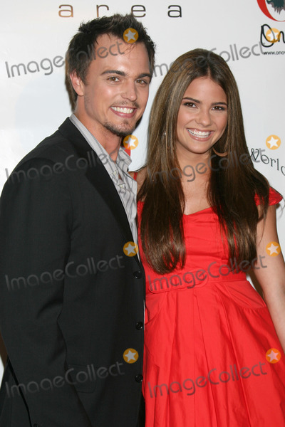 Darin Brooks Photo - Darin Brooks   Shelley Hennig arriving at the Pre-Emmy Nominee Party hosted by Darin Brooks benefiting Tag the World at Area Club in Los Angeles CAJune 13 2008