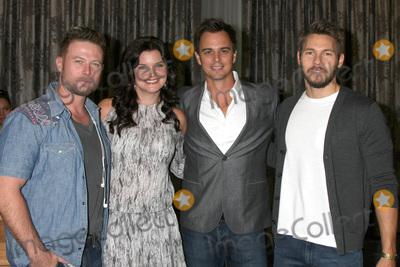 Darin Brooks Photo - LOS ANGELES - AUG 20  Jacob Young Heather Tom Darin Brooks Scott Clifton at the Bold and the Beautiful Fan Event 2017 at the Marriott Burbank Convention Center on August 20 2017 in Burbank CA