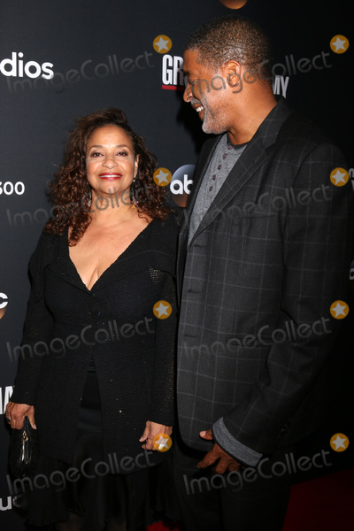 Norm Nixon Photo - LOS ANGELES - NOV 4  Debbie Allen Norm Nixon at the Greys Anatomy 300th Episode Event at Tao on November 4 2017 in Los Angeles CA
