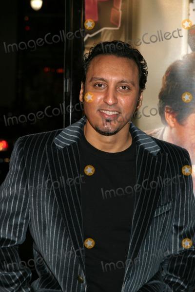 Aasif Mandvi Photo - Aasif Mandvi  guestMusic  Lyrics PremiereManns Grauman TheaterLos Angeles CAFebruary 7 2007