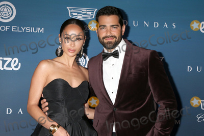 Cara Santana Photo - LOS ANGELES - JAN 5  Cara Santana Jesse Metcalfe at the Art of Elysium 12th Annual HEAVEN Celebration at a Private Location on January 5 2019 in Los Angeles CA