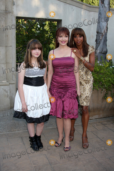 Stella Ritter Photo - LOS ANGELES - JUL 24  Stella Ritter Amy Yasbeck  Holly Robinson Peete arrives at  the 12th Annual HollyRod Foundation DesignCare Event at Ron Burkles Green Acres Estate on July24 2010 in Beverly Hills CA