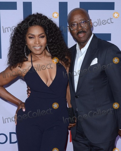 Courtney B Vance Photo - LOS ANGELES - JUL 31  Angela Bassett Courtney B Vance at the Otherhood Photo Call at the Egyptian Theater on July 31 2019 in Los Angeles CA