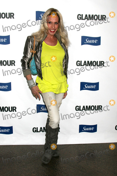 Alexis Arquette Photo - Alexis Arquette  arriving at the Glamour Reel Moments Premieres of a Series of Short Films Written  Directed by Women in Hollywood at the Directors Guild Theater in Los Angeles CAOctober 14 2008