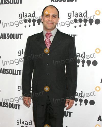 Anthony Azizi Photo - Anthony AziziGLAAD Media AwardsHollywood  HighlandLos Angeles CAApril 8 2006