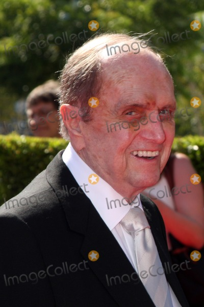 Bob Newhart Photo - LOS ANGELES - SEP 15  Bob Newhart at the Creative Emmys 2013 - Arrivals at Nokia Theater on September 15 2013 in Los Angeles CA