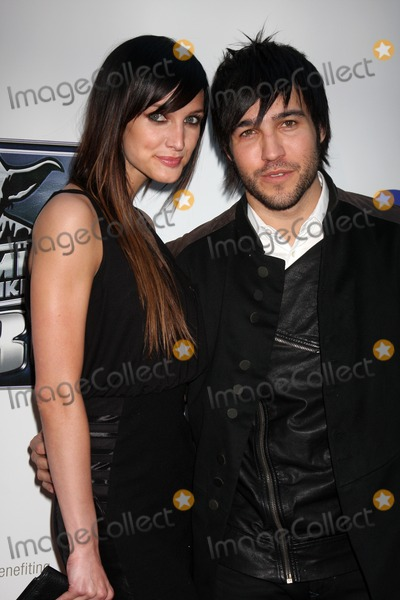 Ashlee Simpson Wentz Photo - Ashlee Simpson Wentz  Pete Wentzarrives at The Empire Strikes Back 30th Anniversary Charity Screening EventArcLight CinemaLos Angeles CAMay 19 2010