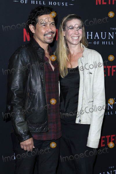 Yvonne Jung Photo - LOS ANGELES - OCT 8  Anthony Ruivivar Yvonne Jung at the The Haunting Of Hill House Season 1 Premiere at the ArcLight Theater on October 8 2018 in Los Angeles CA