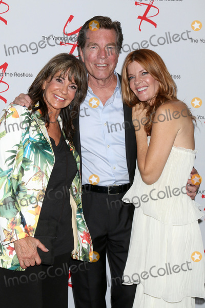 Jess Walton Photo - LOS ANGELES - JUN 23  Jess Walton Peter Bergman Michelle Stafford at the Young and The Restless Fan Club Luncheon at the Marriott Burbank Convention Center on June 23 2019 in Burbank CA