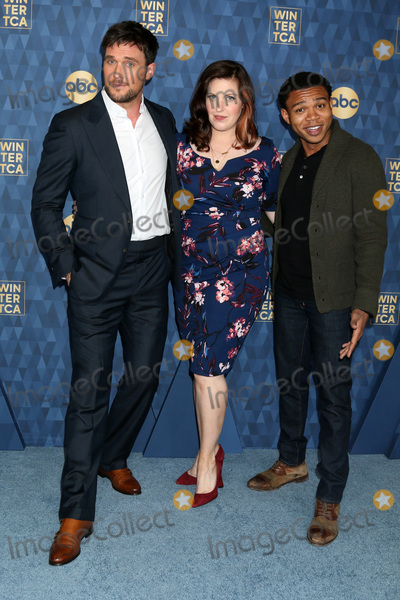 Allison Tolman Photo - Owain Yeoman Allison Tolman and Robert Bailey Jr