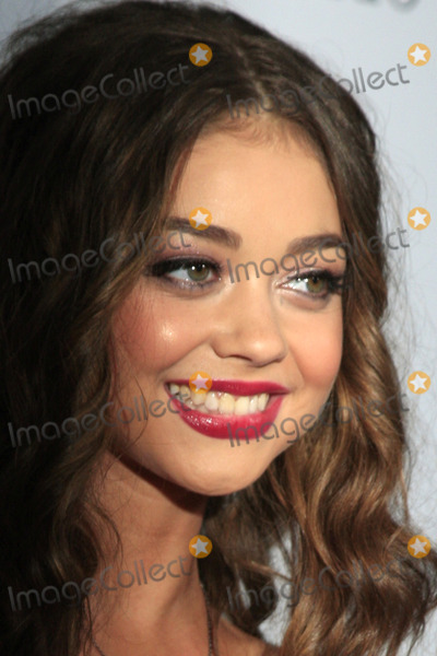 Sarah Hyland Photo - LOS ANGELES - SEP 27  Sarah Hyland at the Teen Vogues 10th Annual Young Hollywood Party at Private Location on September 27 2012 in Beverly Hills CA