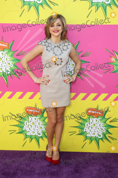 Oana Gregory Photo - LOS ANGELES - MAR 23  Oana Gregory arrives at Nickelodeons 26th Annual Kids Choice Awards at the USC Galen Center on March 23 2013 in Los Angeles CA