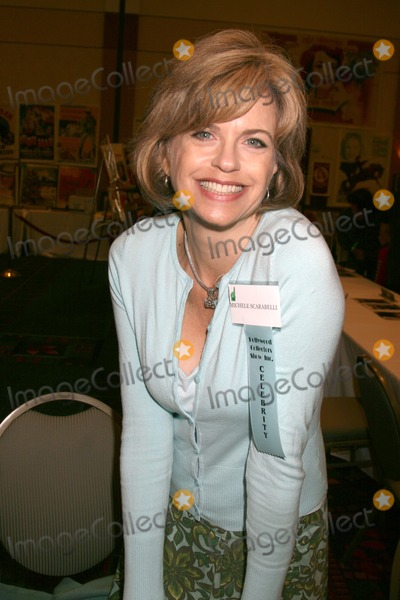 Michele Scarabelli Photo - Michele Scarabelli at the Hollywood Collector Show at the Burbank Marriott Convention Center in Burbank  CA onOctober 4 2008