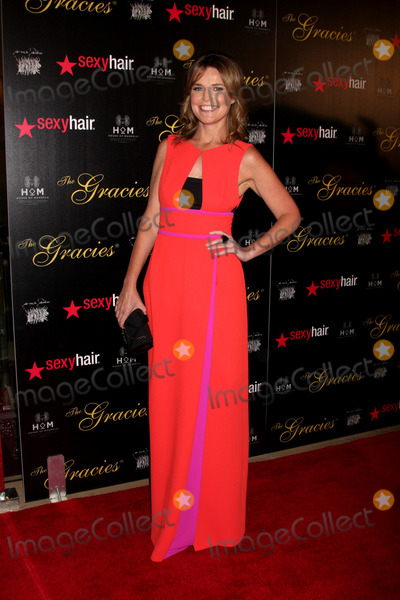 Savannah Guthrie Photo - LOS ANGELES - MAY 22  Savannah Guthrie arrives at the 37th Annual Gracie Awards Gala at Beverly Hilton Hotel on May 22 2012 in Beverly Hllls CA