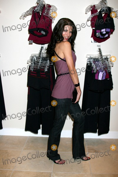 Adrienne Janic Photo - Adrienne JanicBody Language Sportswear Boutique Opening14700 Ventura BlvdSherman Oaks CA 91403October 22 1994