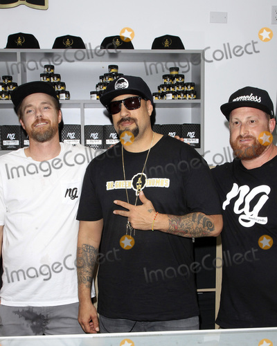 B Real Photo - LOS ANGELES - AUG 15  B Real of Cyprus Hill - center at the Dr Greenthumb Cannabis Dispensary Opening at 12751 Foothill Blvd on August 15 2018 in Sylmar CA