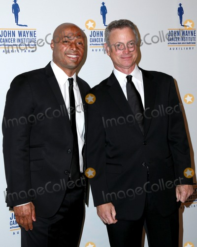 John Wayne Photo - LOS ANGELES - FEB 11  JR Martinez Gary Sinise at the 30th Annual John Wayne Odyssey Ball at the Beverly Wilshire Hotel on April 11 2015 in Beverly Hills CA